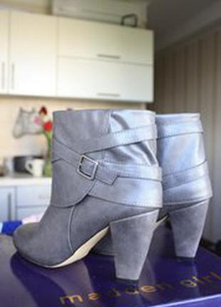 Ботинки на каблуке madden girl