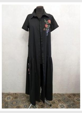 Брендовое длинное чёрное платье на пуговицах