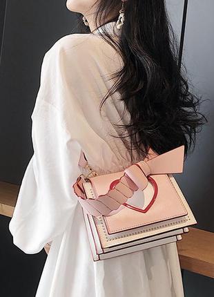 Крутая сумка с сердцем