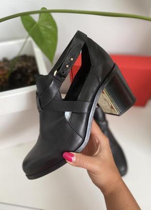 Кожаные ботинки туфли испания