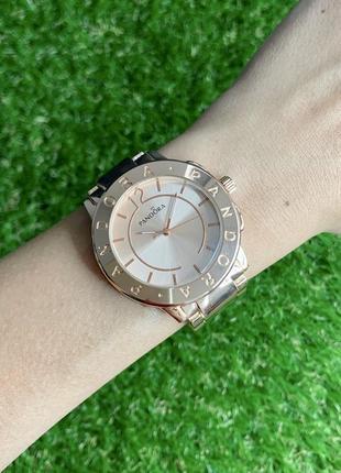 Женские наручные часы металлические розовое красное золото розовые