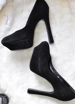 Замшевые туфли черные, 36 р.