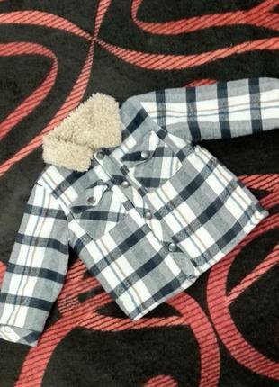 Тепленькая кофточка-курточка на малыша