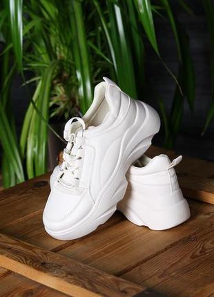Бежевые кроссовки oladi, бежевые кроссовки, женские кроссовки
