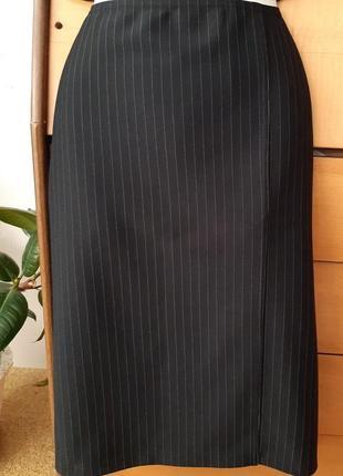 Трикотажная юбка-карандаш в полоску