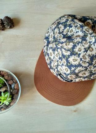 Жіноча кепка cedarwood state
