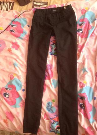 Чёрные штаны tally weijl