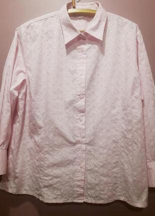 Рубашка розового цвета-прошва