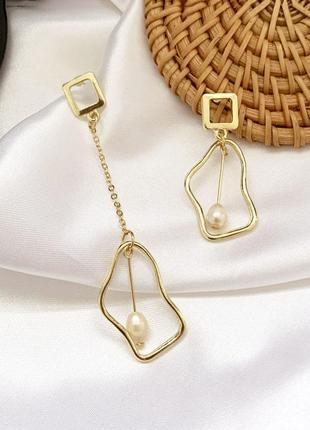 Серьги серёжки золотистые с речным жемчугом жемчуг ассиметричные новые