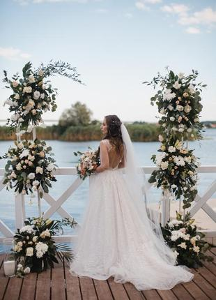 Шикарное свадебное платье от бренда armonia