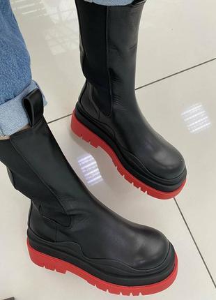Осенние ботинки на грубой подошве