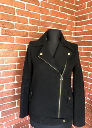 Чёрное полупальто косуха пальто h&m