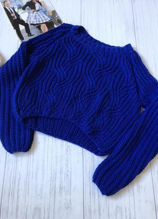 Яркий синий свитер полувер кофта крупная вязка