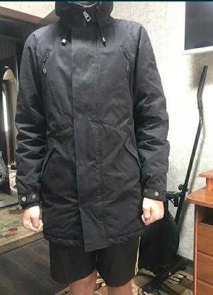 Зимняя курточка sraff