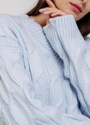 Женский вязаный пуловер оверсайз с косичками .