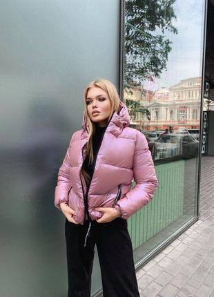 Курточка с капюшоном (капюшон отстегивается)