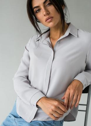 Блуза женская с классическим воротником