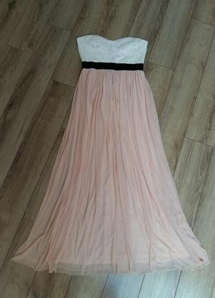 Пудровое вечернее платье в пол