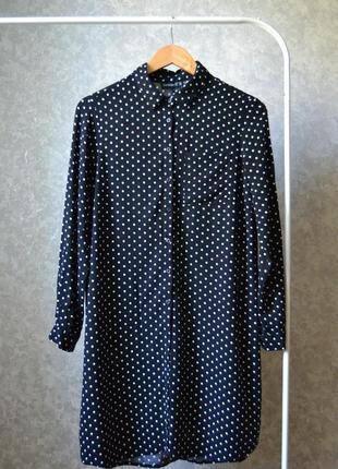 Платье-рубашка в горошек свободного кроя