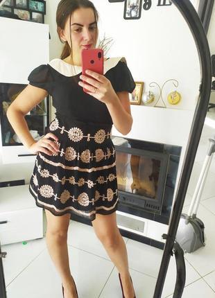 Платье коктельное трапеция с шёлковым воротником