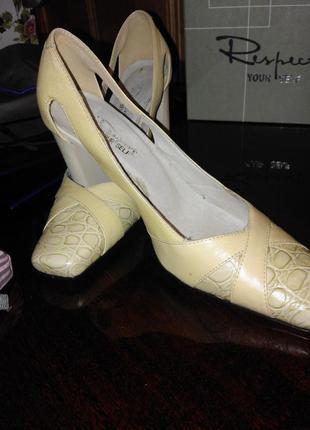 Туфли кожаные р.35