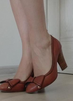 Классические туфли  basconi