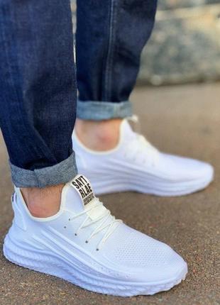 Мужские кроссовки, распродажа