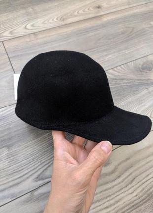 Фирменныя кепка кепи