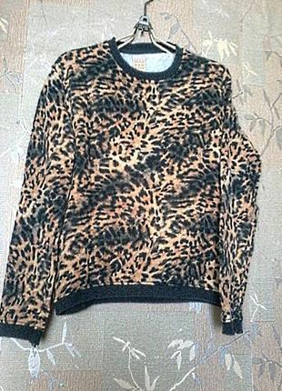 Отличная футболка толстовка свитшот, леопардовый принт от zara на размер 48-50