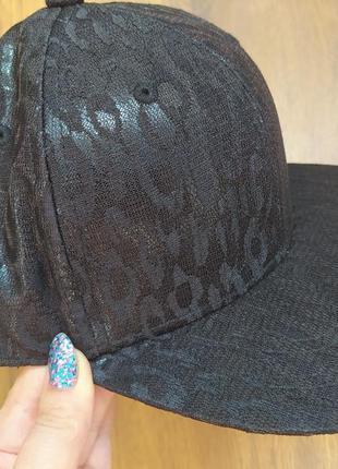 Суперська кепка, бейсболка h&m