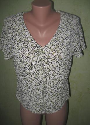 Блузка в цветочный принт1