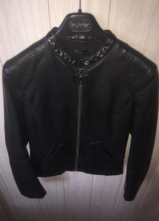 Кожаная куртка benetton