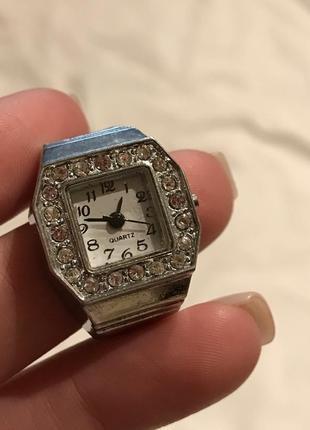 Колечко годинник