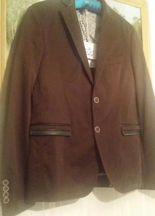 Однобортный мужской коричневый пиджак  karl mommoo, хлопок,it 46(s).