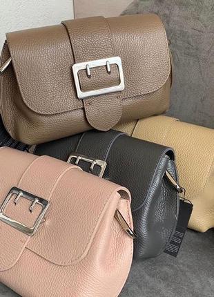 Стильная кожаная сумка багет на широком ремешке италия кожа