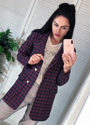 Удлинённный пиджак в модную клетку 👌