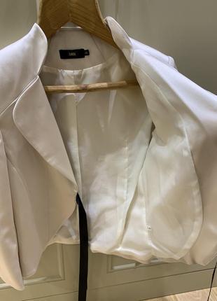 Женский атласный пиджак