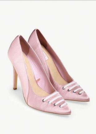 Продам новые атласные туфли forever21