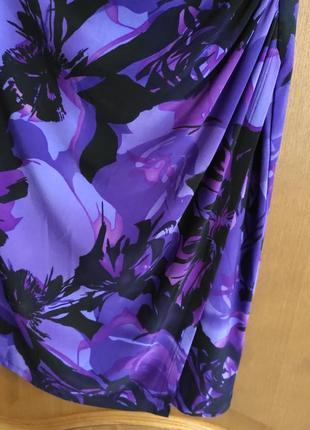 Платье элегантное до колен