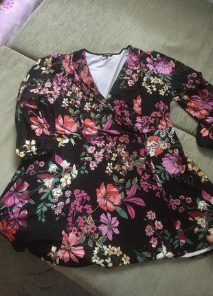 Красивое платье на пышные формы