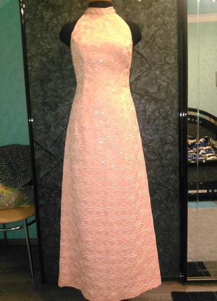 Восхитительное персиково-нежное вечерне-выпускное платье