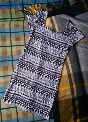 Платье с квадратным вырезом из хлопка primark сукня плаття