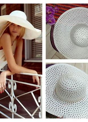 Плетенная широкополая шляпка из соломы