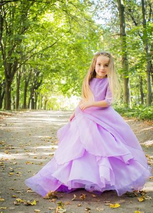 Пышное платье лавандового цвета