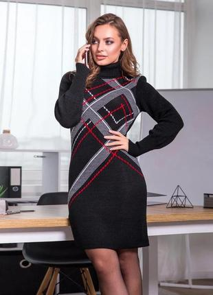 Черное теплое платье оверсайз в клеточку - новинка 2020