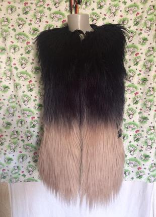 Стильная жилетка,лама, кожа+эко мех от бренда supertrash