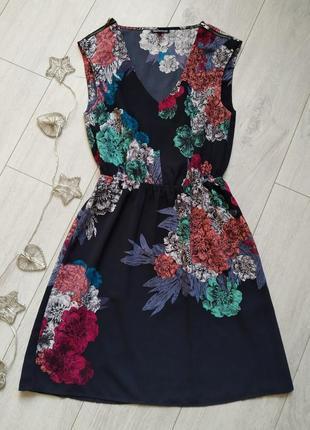 Женское летнее платье в цветочний принт