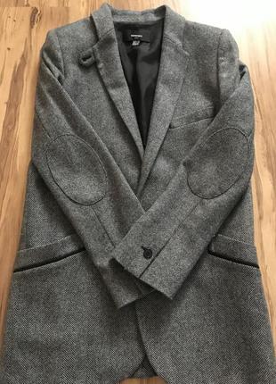 Шерстяное пальто mango