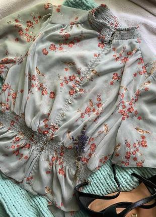 Крутая блуза новая