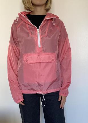 Розовая ветровка кенгуру terranova